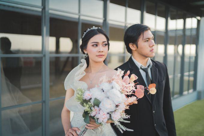 Exclusive Bridal Wedding Package Luminor Sidoarjo by darihati.organizer - 003