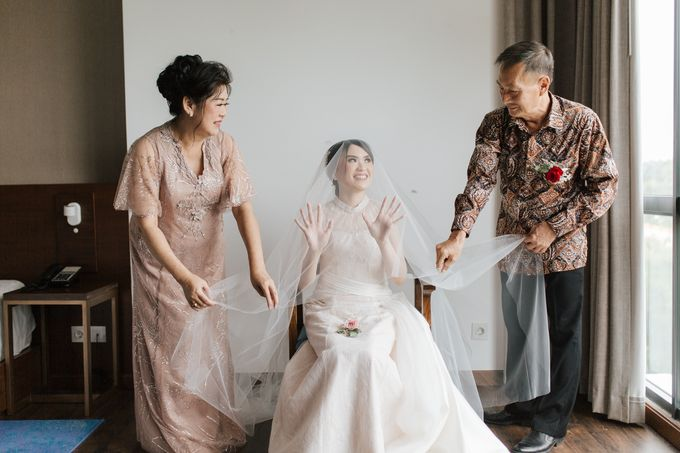 Suryato & Stefanie Sato by Galeri Vinni - 005