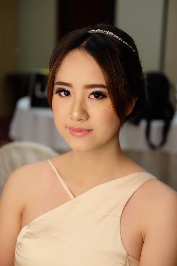 Bridesmaids Makeup  by The Ritz-Carlton Jakarta, Mega Kuningan - 002
