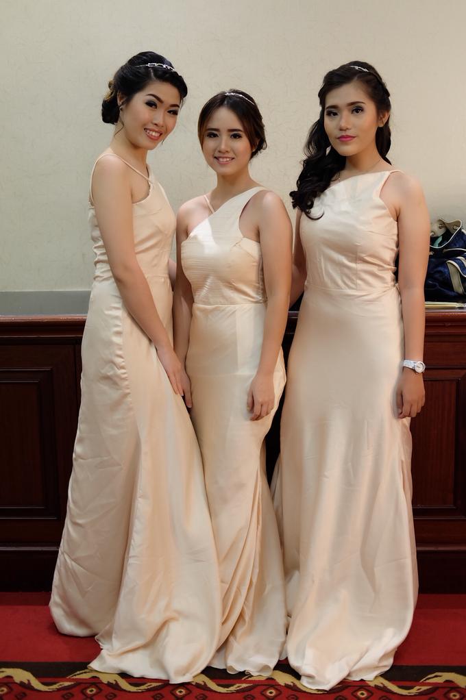 Bridesmaids Makeup  by The Ritz-Carlton Jakarta, Mega Kuningan - 011