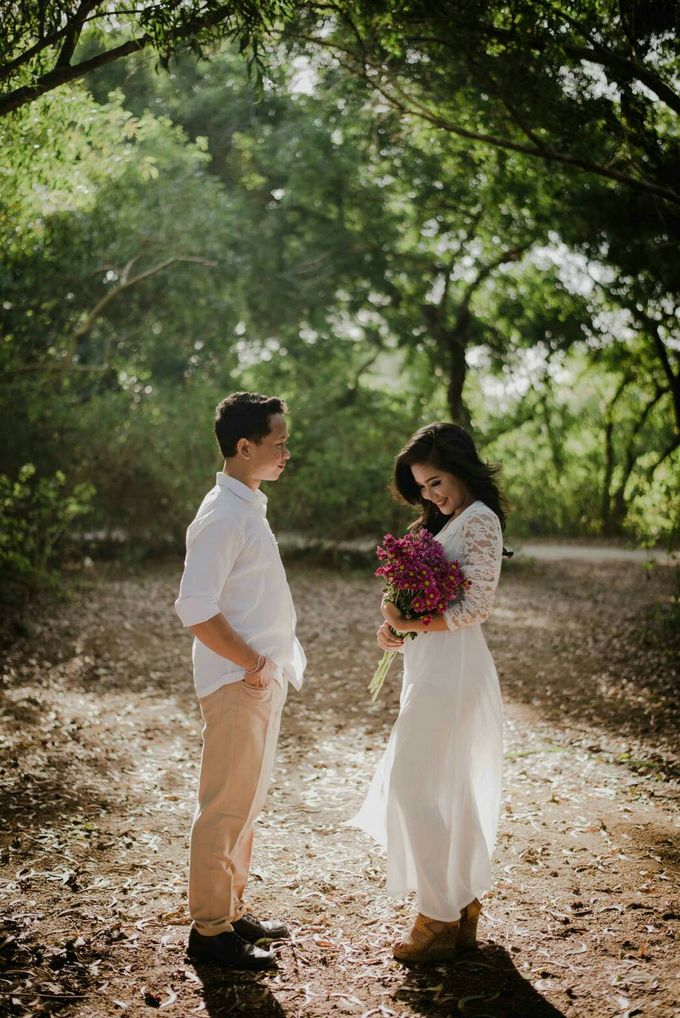 Abri & Citra Casual Couple Session by Satrya Photography - 007