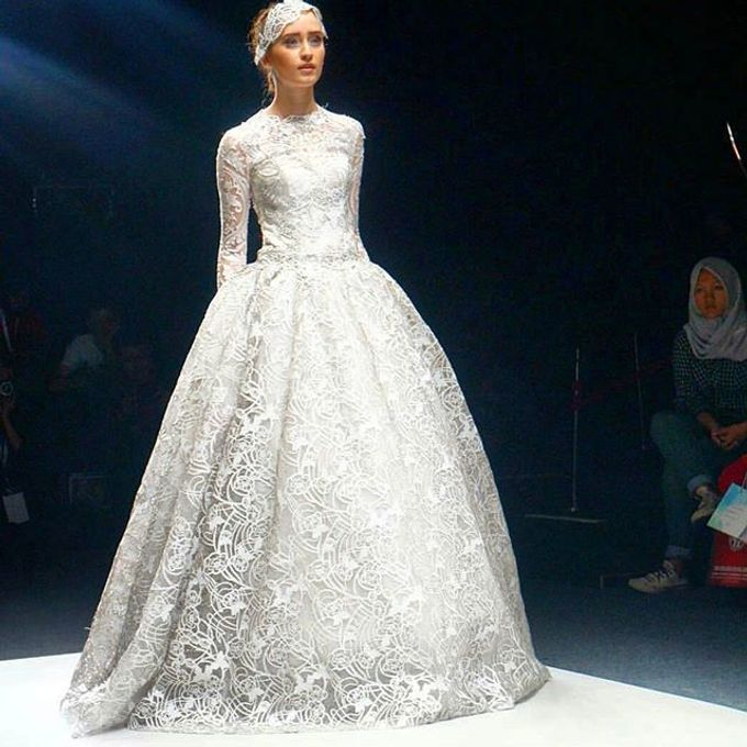 Premium Wedding Gown Design by Tracy Bridal House - 001