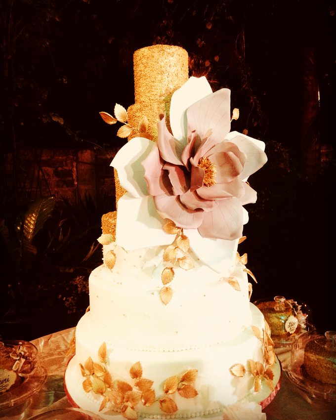 Oversized Bloom In Old Rose And Gold By Sweet Maven Cakes And