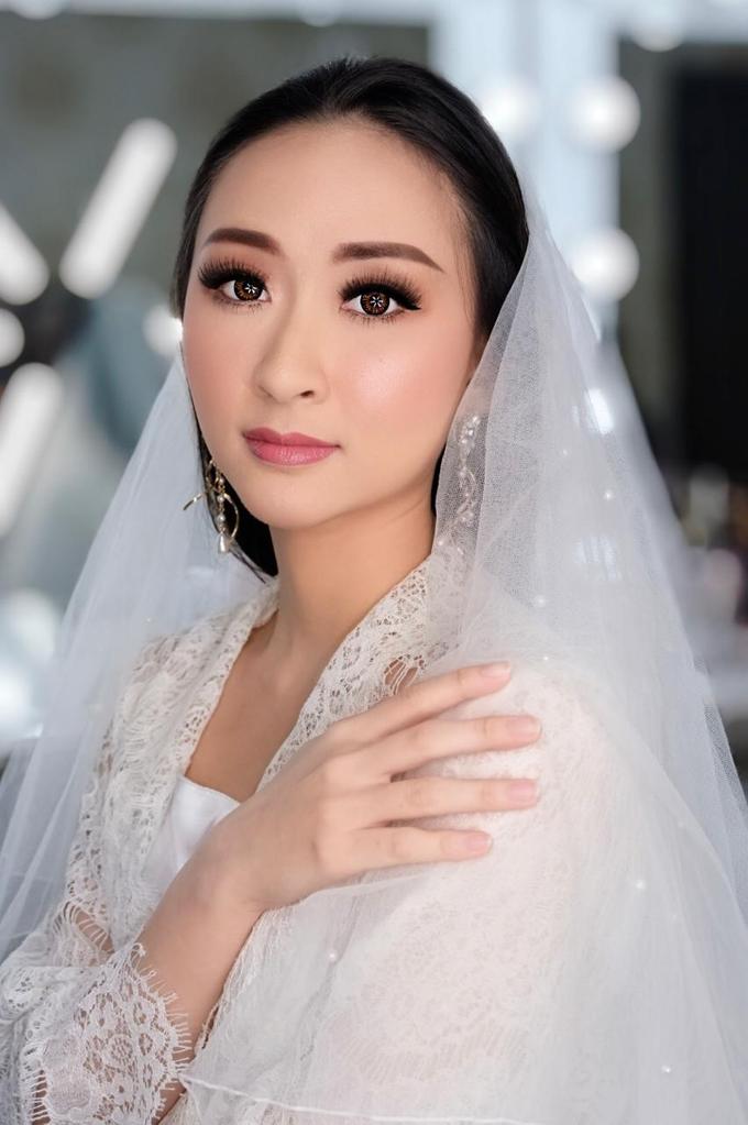 Makeup n hair do modern wedding  by Sweetie bridal - 003
