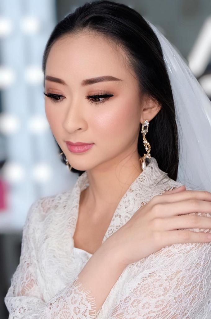 Makeup n hair do modern wedding  by Sweetie bridal - 005