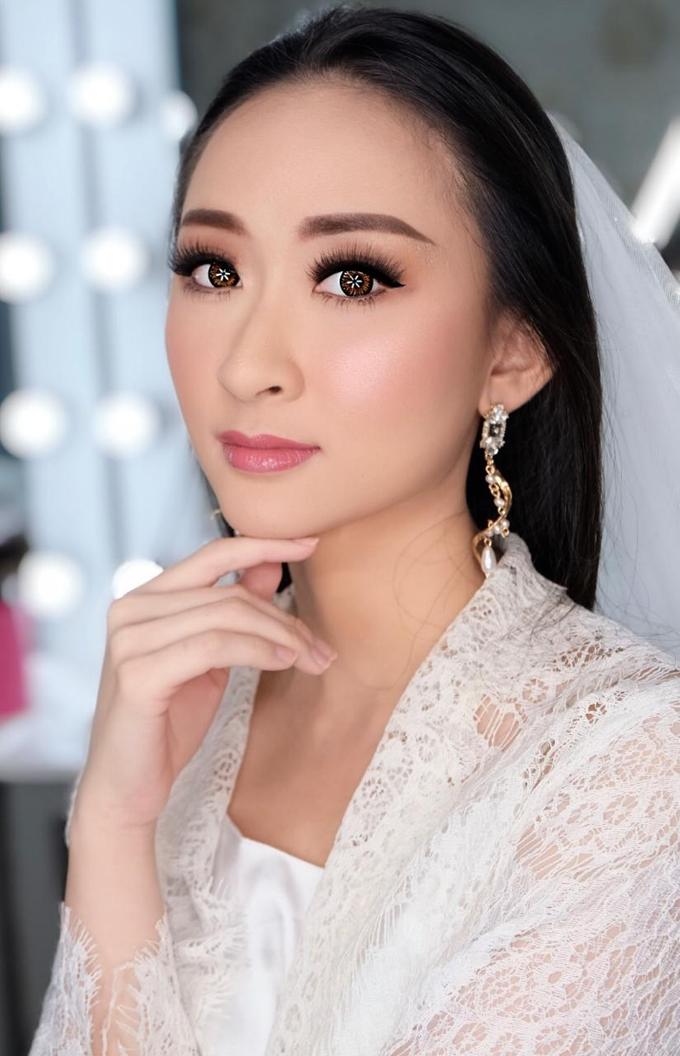 Makeup n hair do modern wedding  by Sweetie bridal - 004