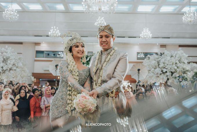 GEDUNG ANTAM WEDDING OF WINNIE & ANAS by alienco photography - 038
