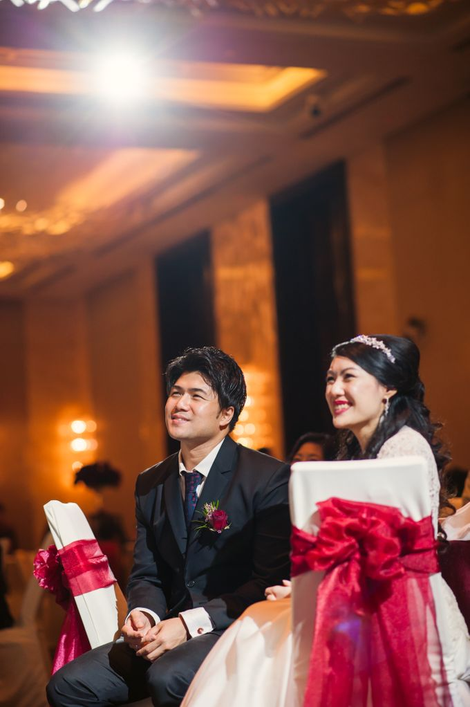 Wedding Day of Sylvie and Shun at The Westin Singapore Hotel Actual Day Photography by L'Excellence Diamond - 010
