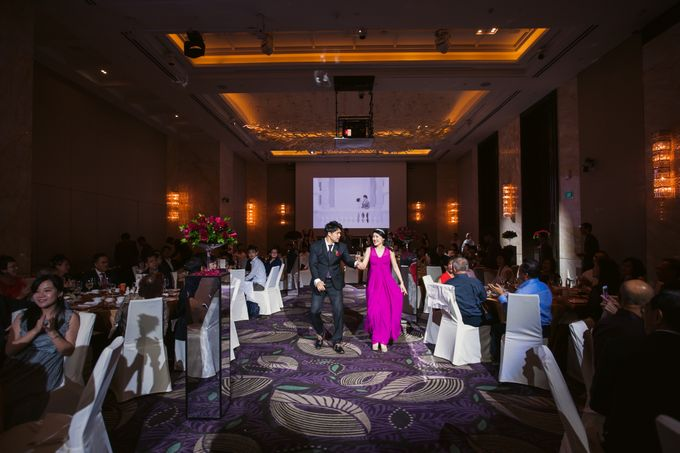 Wedding Day of Sylvie and Shun at The Westin Singapore Hotel Actual Day Photography by L'Excellence Diamond - 020