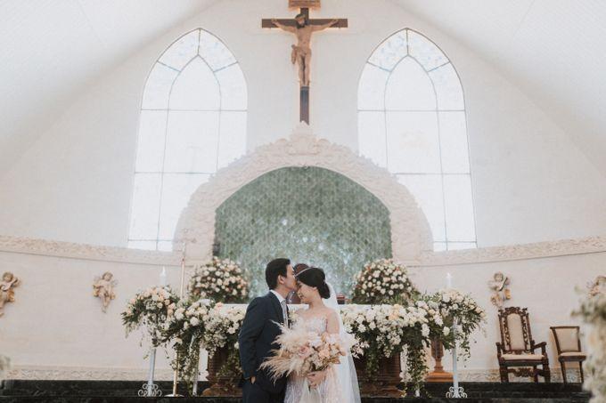 Catholic Wedding Ceremony of Tommy & Imelda by Vilia Wedding Planner - 012