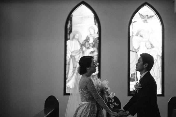 Catholic Wedding Ceremony of Tommy & Imelda by Vilia Wedding Planner - 015