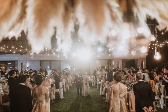 Cliffside Wedding Reception of Tommy & Imelda by Vilia Wedding Planner - 014