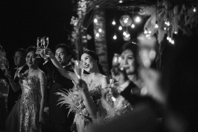 Cliffside Wedding Reception of Tommy & Imelda by Vilia Wedding Planner - 016