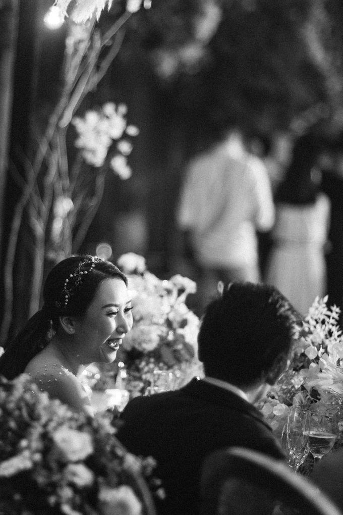 Cliffside Wedding Reception of Tommy & Imelda by Vilia Wedding Planner - 018
