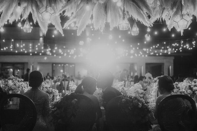 Cliffside Wedding Reception of Tommy & Imelda by Vilia Wedding Planner - 019
