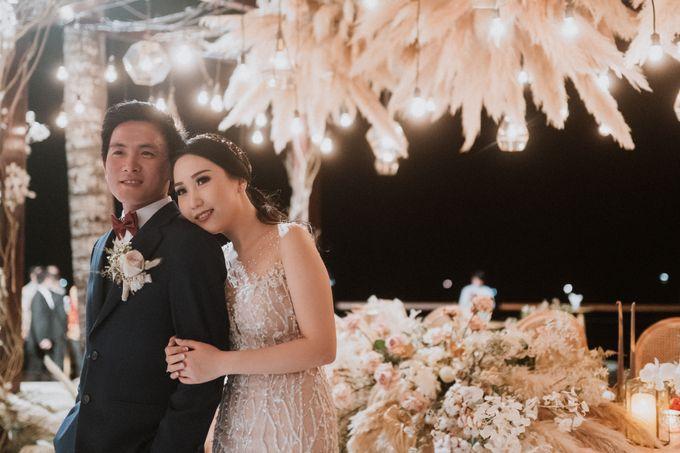 Cliffside Wedding Reception of Tommy & Imelda by Vilia Wedding Planner - 020