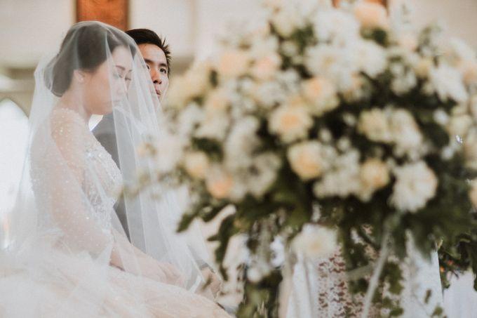 Catholic Wedding Ceremony of Tommy & Imelda by Vilia Wedding Planner - 003