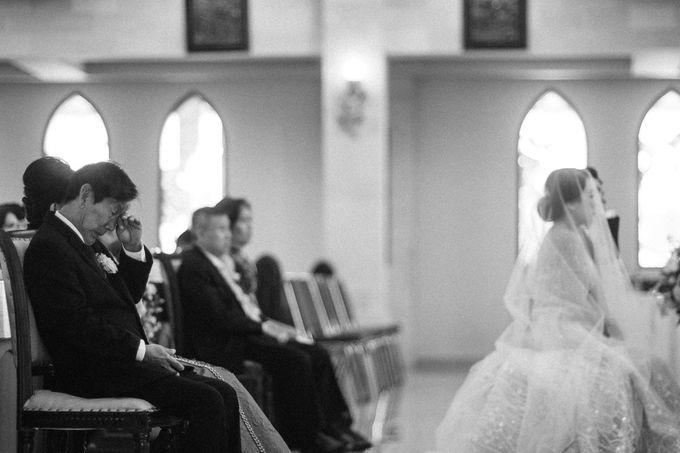 Catholic Wedding Ceremony of Tommy & Imelda by Vilia Wedding Planner - 004