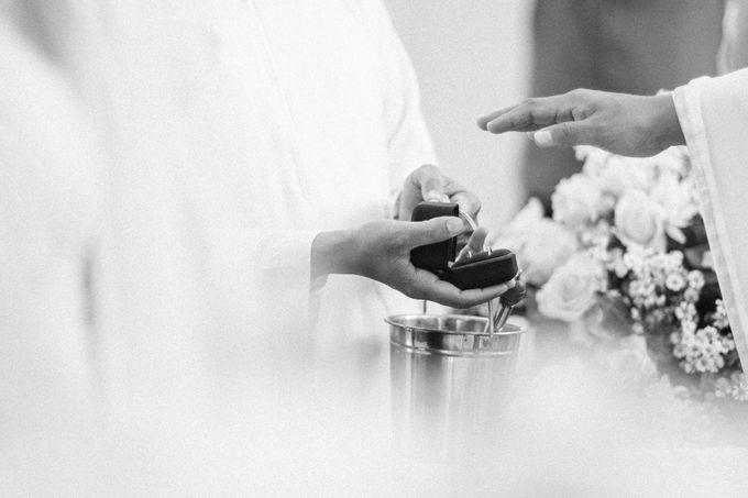 Catholic Wedding Ceremony of Tommy & Imelda by Vilia Wedding Planner - 007