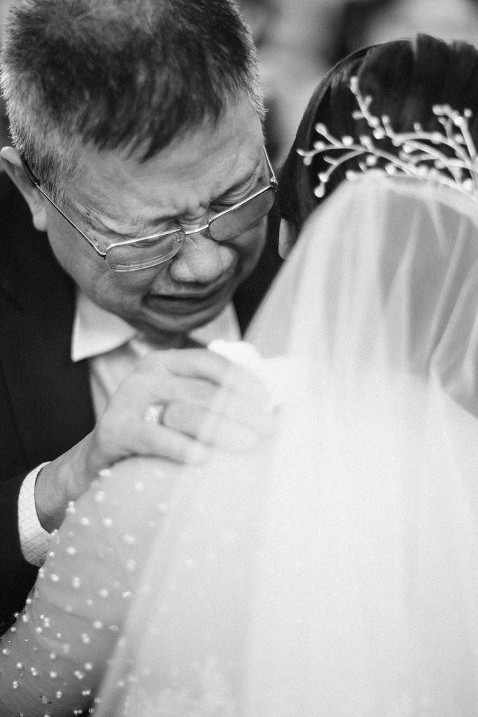 Catholic Wedding Ceremony of Tommy & Imelda by Vilia Wedding Planner - 010