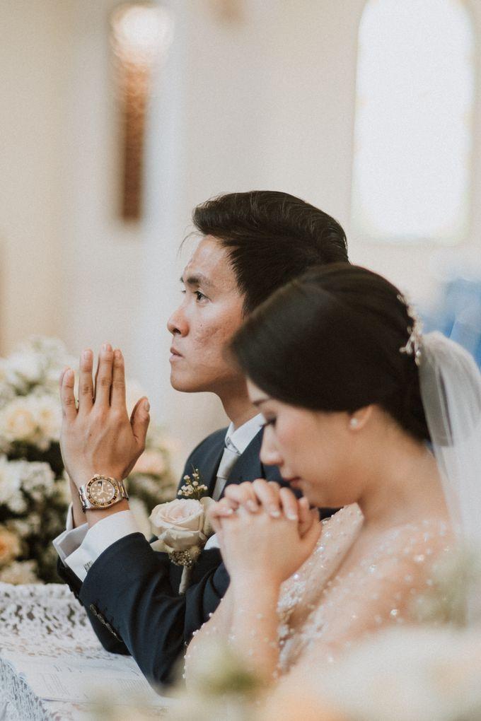 Catholic Wedding Ceremony of Tommy & Imelda by Vilia Wedding Planner - 011