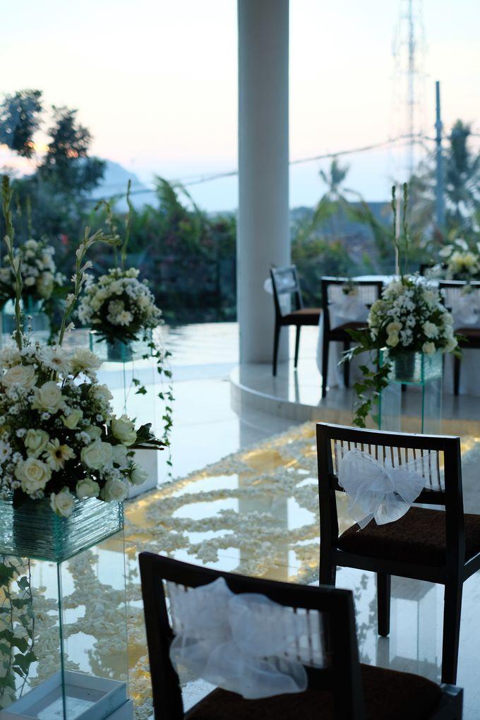 100820 | Wedding | Willy & Tia Singhasari Batu by taleofamor - 004