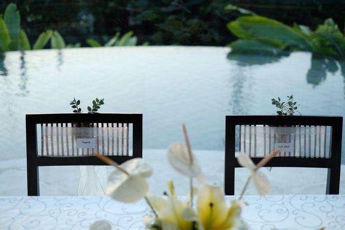 100820 | Wedding | Willy & Tia Singhasari Batu by taleofamor - 005