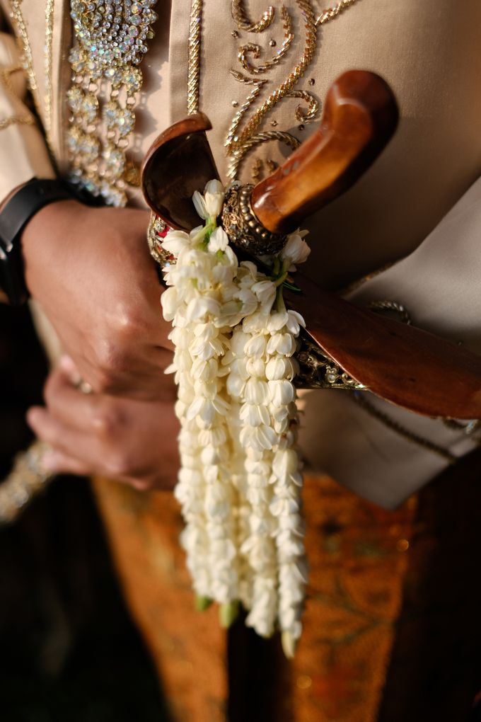 100820 | Wedding | Willy & Tia Singhasari Batu by taleofamor - 010