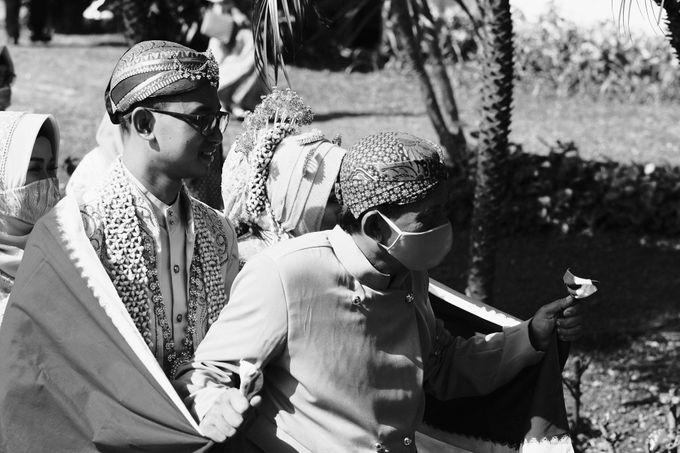 100820 | Wedding | Willy & Tia Singhasari Batu by taleofamor - 037