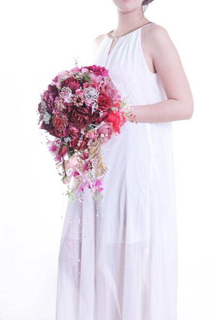 Luxurious Bouquet by LUX floral design - 006
