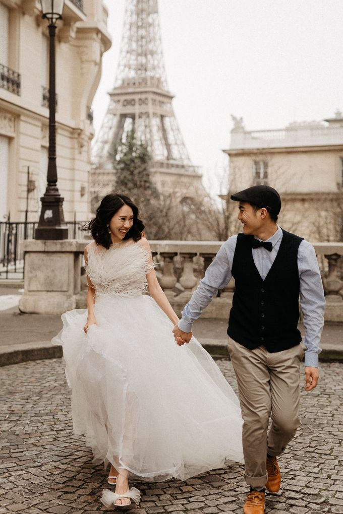 Pre-wedding in Paris by Through The Glass Paris - 021