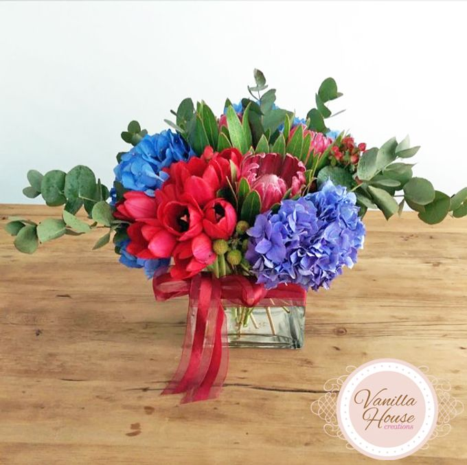 Table Floral Arrangement by Vanilla House Creations - 008