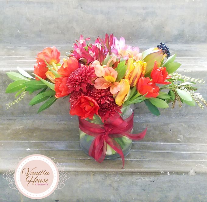 Table Floral Arrangement by Vanilla House Creations - 003