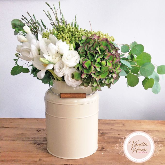 Table Floral Arrangement by Vanilla House Creations - 006