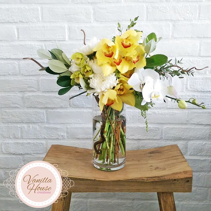 Table Floral Arrangement by Vanilla House Creations - 009