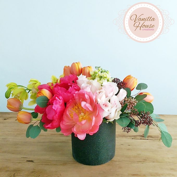 Table Floral Arrangement by Vanilla House Creations - 010