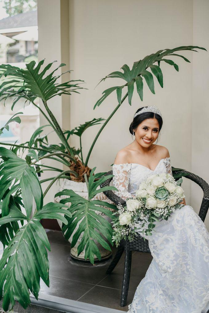 Tagaytay Wedding  Neil & Aika  Hillcreek Gardens by The LoveStruck Photography - 040