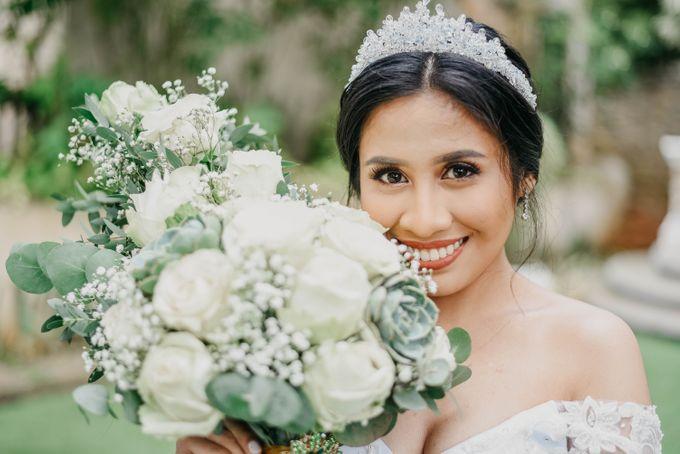 Tagaytay Wedding  Neil & Aika  Hillcreek Gardens by The LoveStruck Photography - 043