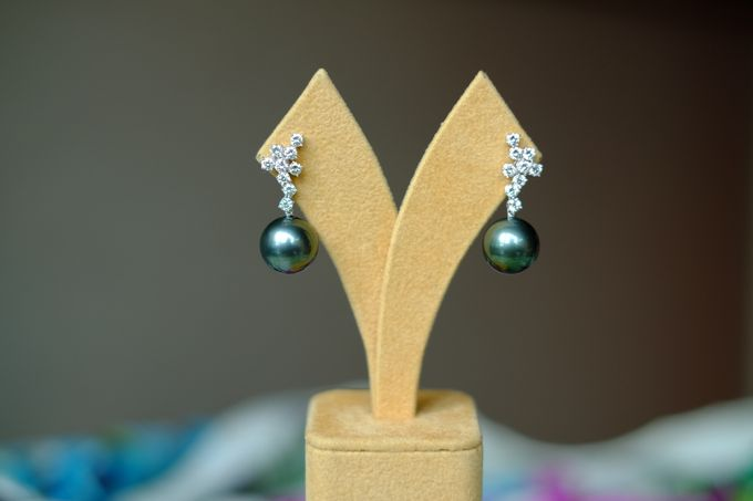 Diamond Cluster and Tahitian Pearl Ear Drops by Heritage Gems Singapore - 002