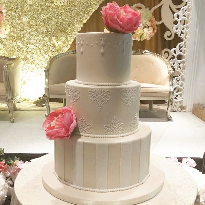 3 Tiers by Amor Cake - 007