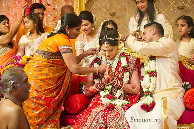 Tamil-Malayalee Wedding By Emotion In Pictures By Andy Lim  Bridestorycom-4493