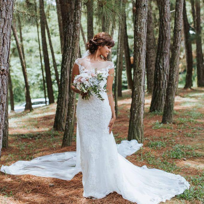 Bride Lisa - Illusion Neckline Lace Sheer Wedding Dress - Dentelle Bridal by ZA Gallery - 004