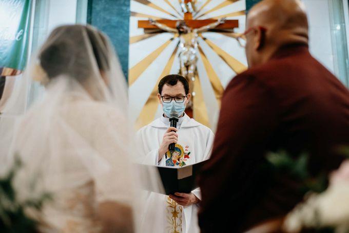 OLPS & Four Seasons Hotel Wedding by GrizzyPix Photography - 016
