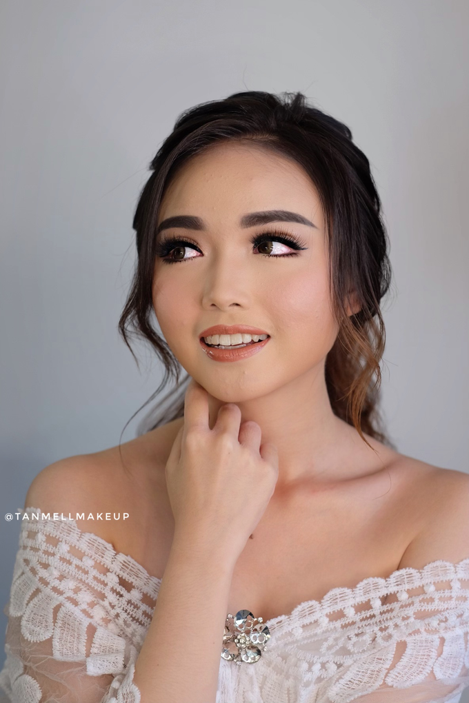 Wedding airbrush makeup by tanmell makeup - 023