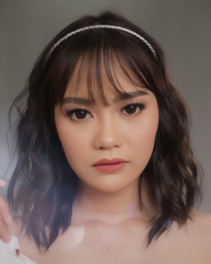 Bride by Tari Yuliana Makeup Hair - 008