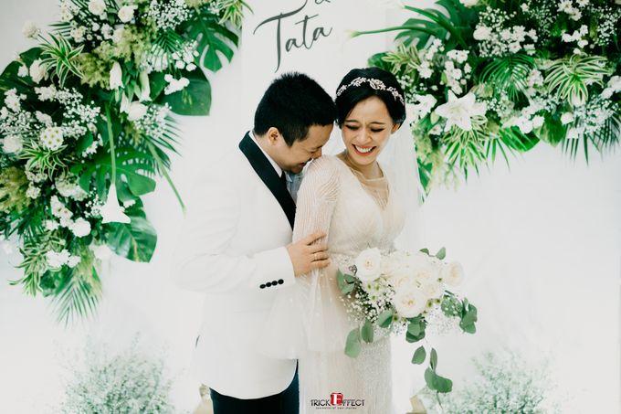 James & Tata    Holy Matrimony by Trickeffect - 024