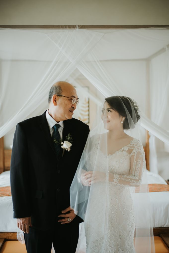 Andy & Tiffenie Wedding at The Cliffside Private Villa - Morning part 1 by Vilia Wedding Planner - 017