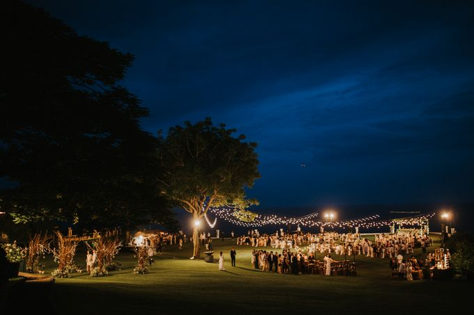ANDY & TIFFENIE WEDDING AT THE CLIFFSIDE PRIVATE VILLA - Dinner Reception by Vilia Wedding Planner - 013