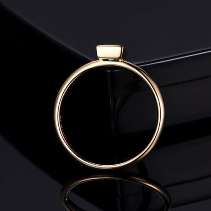 TIARIA Glittering Emerald Engagement Ring Cincin Tunangan Emerald by TIARIA - 003