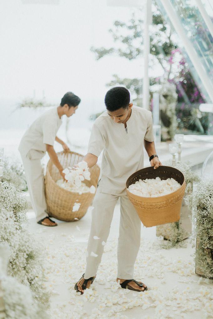 Wedding of Christian Bautista & Kat Ramnani by Tirtha Bridal - 012